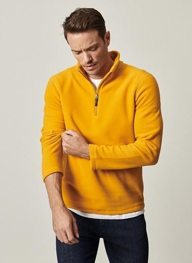 AC&Co / Altınyıldız Classics Standart Fit Günlük Rahat Fermuarlı Bato Yaka Spor Polar Sweatshirt 4A5221100016 Sarı